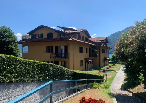 Monolocale affitto LENNO ( Lago di Como )
